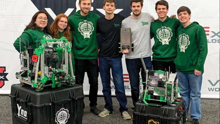 Oakbrook alumni starts competitive robotics team at the University of Tennessee